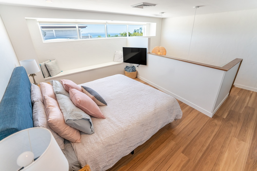 bedroomupstairs-with-view